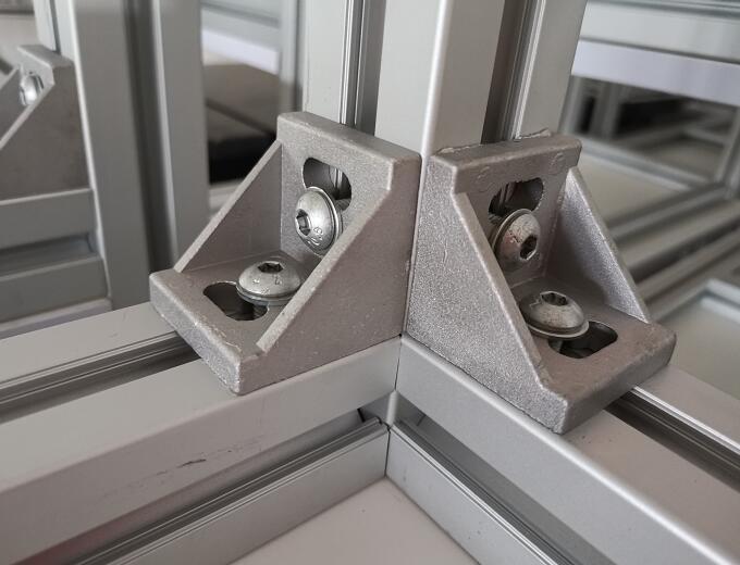 铝型材框架如何连接
